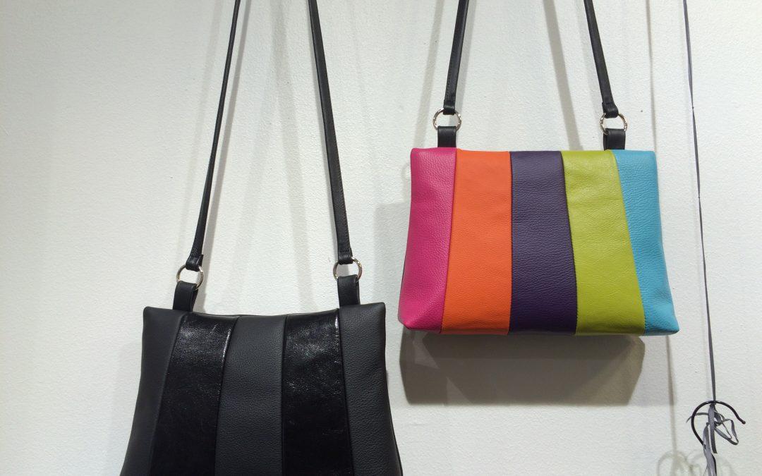Väriä arkeen; nainen ja laukku